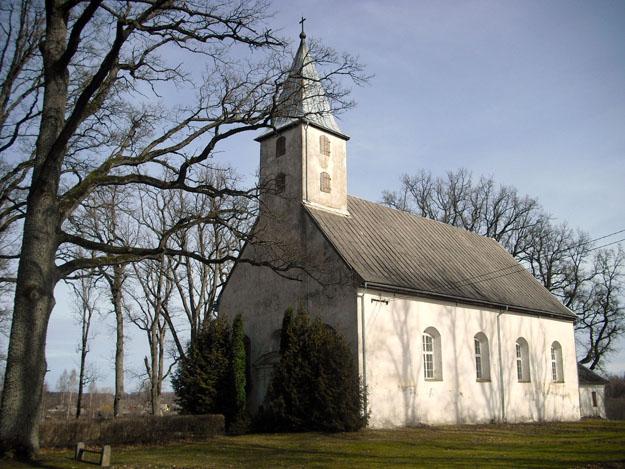 Evangelisch-lutherische_Kirche_Mālpils_Lettland