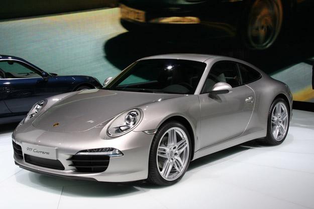 Porsche_991_silver_IAA